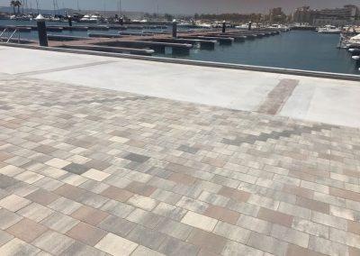 Obres de pavimentació per al Club Nàutic Estartit
