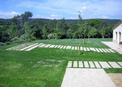 Pavimentació exterior dels jardins de l'hotel Casa Anamaria